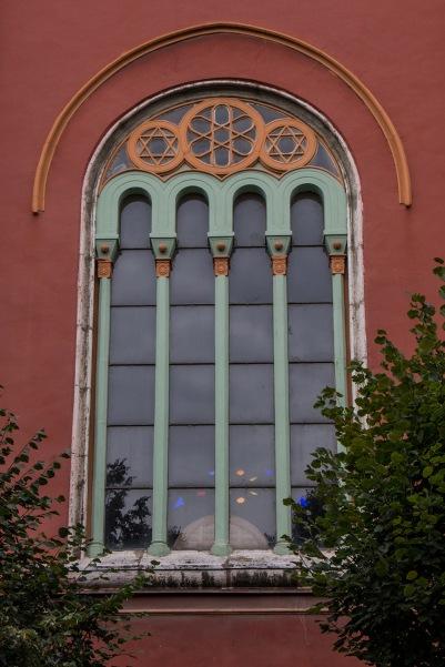Fenster der evangelischen Kirche